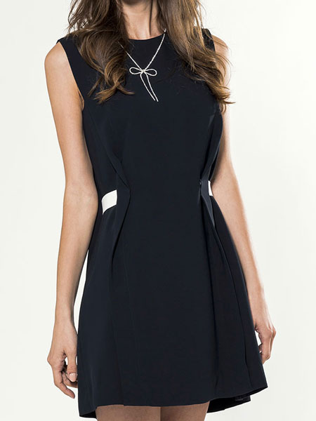 SLEEVELESS E-BAND DRESS
