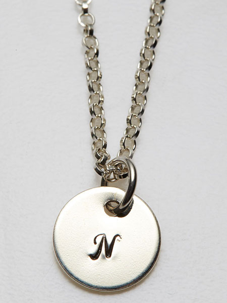 PERSONALISED PENDANT WITH NECKLACE