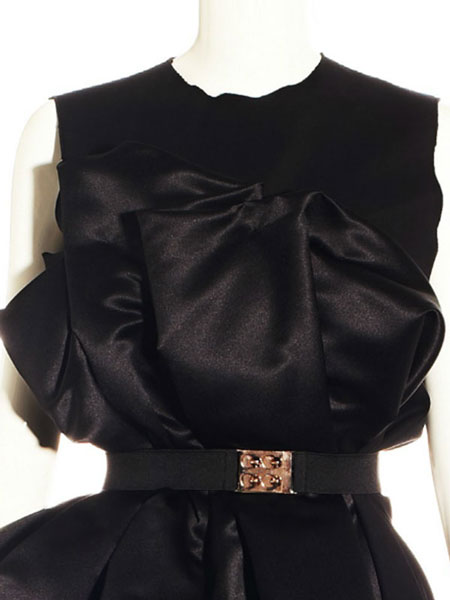 BLACK DRESS WITH PLATTED DETAIL