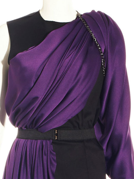 BLACK DRESS WITH PURPLE DRAPE SLEEVE WITH CHAIN DETAIL
